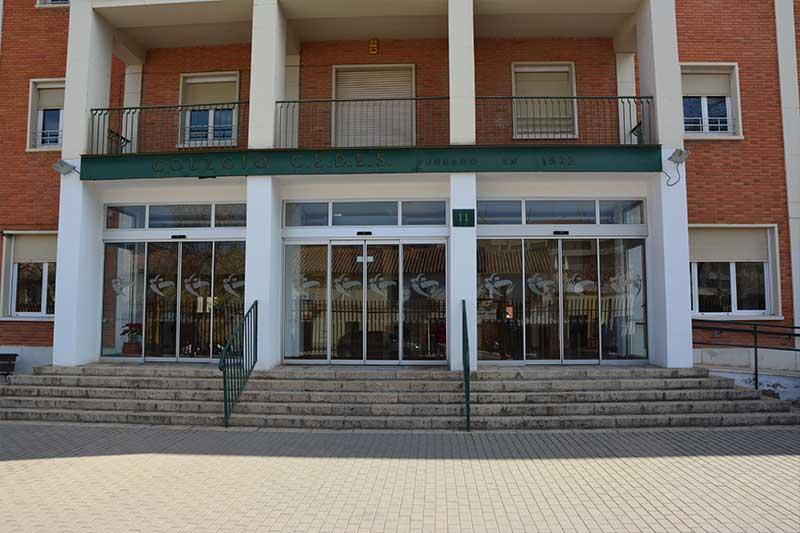 puerta-colegio-cedes